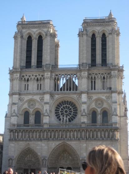 Qu'elle est belle ! Sainte Vierge, veillez sur la France !