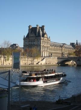 Le Louvre et la Seine