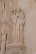 Mémorial de Dormans - Champagne - Le roi Albert Ier de Belgique sous les traits de saint Bernard