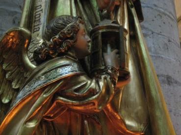L'ange qui rallume la lanterne de sainte Gudule (Bruxelles)